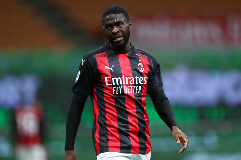 Fikayo Tomori of Ac Milan  looks on during the Serie A match